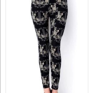Pants - BLACK PATTERN LEGGINGS